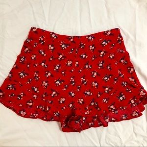 Super cute red floral shorts!